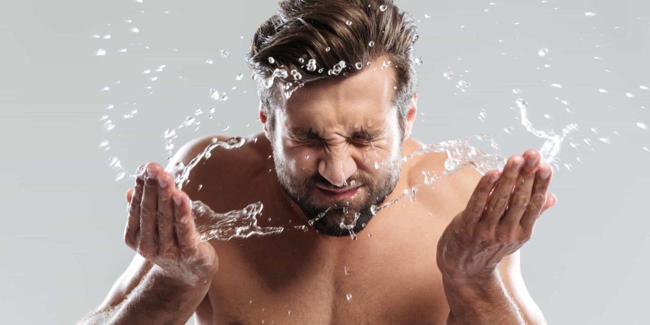 7 Erreurs courantes de lavage du visage et de la barbe